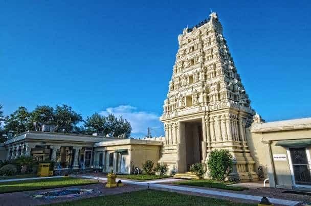 Sri Meenakshi Temple is in Pearland Texas